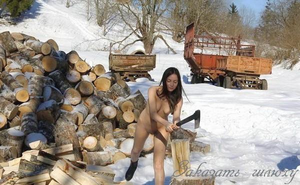 Яся - мастурбация члена грудью
